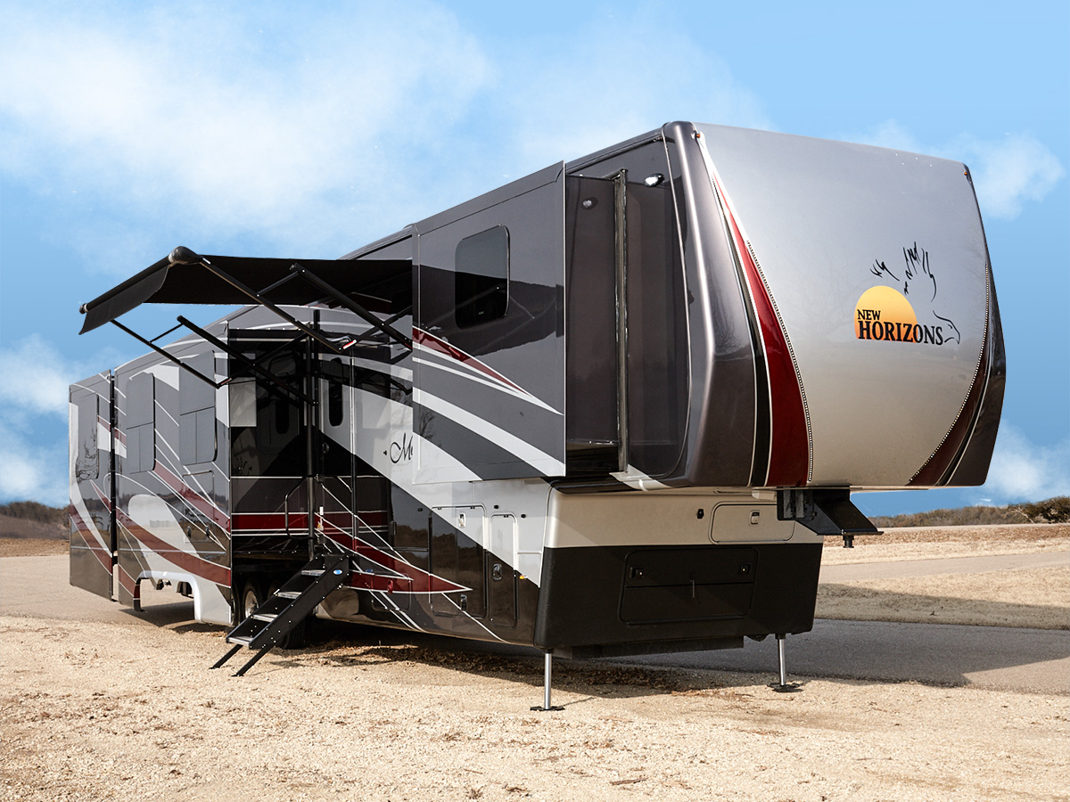 New Horizons Rv >> Majestic