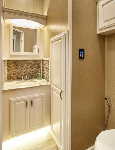Majestic bathroom